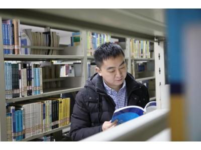 数学就是我的动力和生命——记我校首届教职工飞翔奖科技新秀奖获得者吴新星