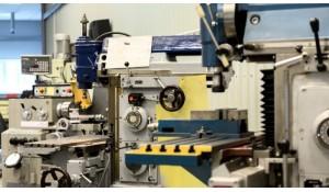 数控机床装配与维修