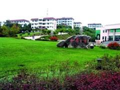 江油幼师学校