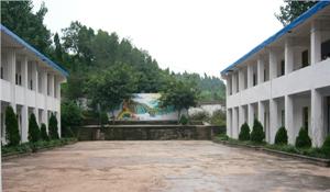 乐至县石佛职业中学